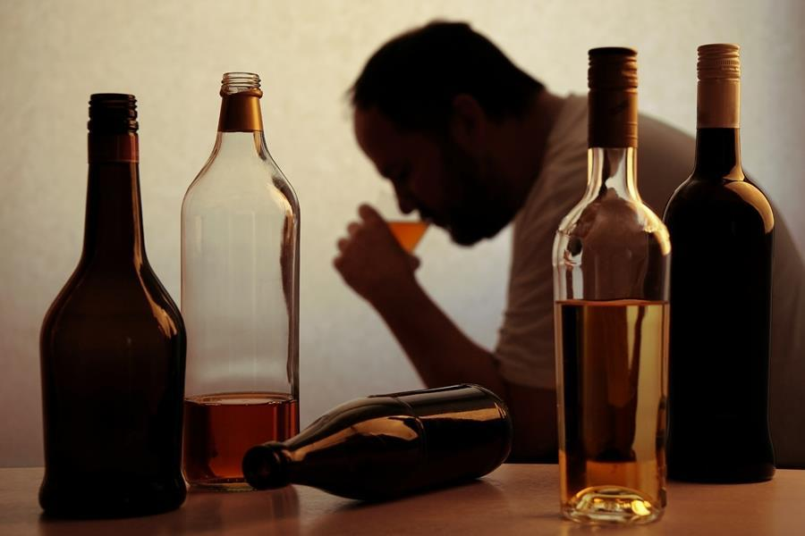 About Alcoholism - 5 Common Myths - Choices Recovery